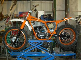 Built 79 KX 38mm Forks Matched Spec Deminsions Of The 745 Maico Fork Special Engineered Expansion Chamber To Match Engine Performance Modifications